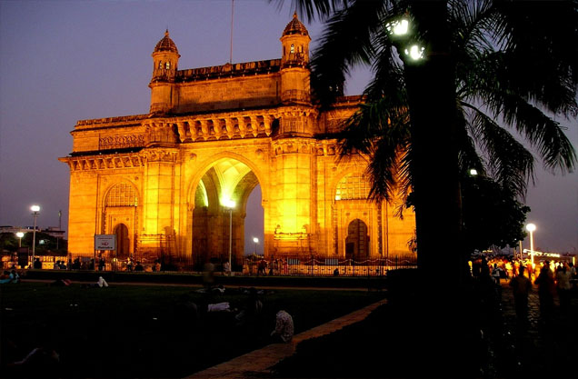 Mumbai is a city which never sleeps and that is just what we need on the time like New Year's.